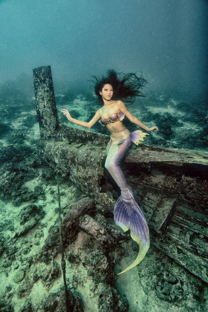 """When I am out on underwater modelling trips, communicating with underwater photographers is the most important thing to do"""
