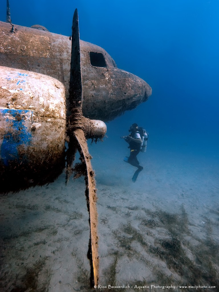 """""""So, everything worked perfectly and I shot a series of around 15 images, six of them made it into international press and one of them was awarded by PADI to be one of the world's five best wreck shots of the year 2013."""" © Rico Besserdich"""